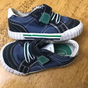 Stride Rite Toddler size 6 sneakers